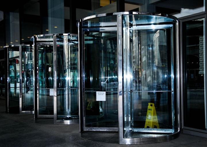 revolving.doors